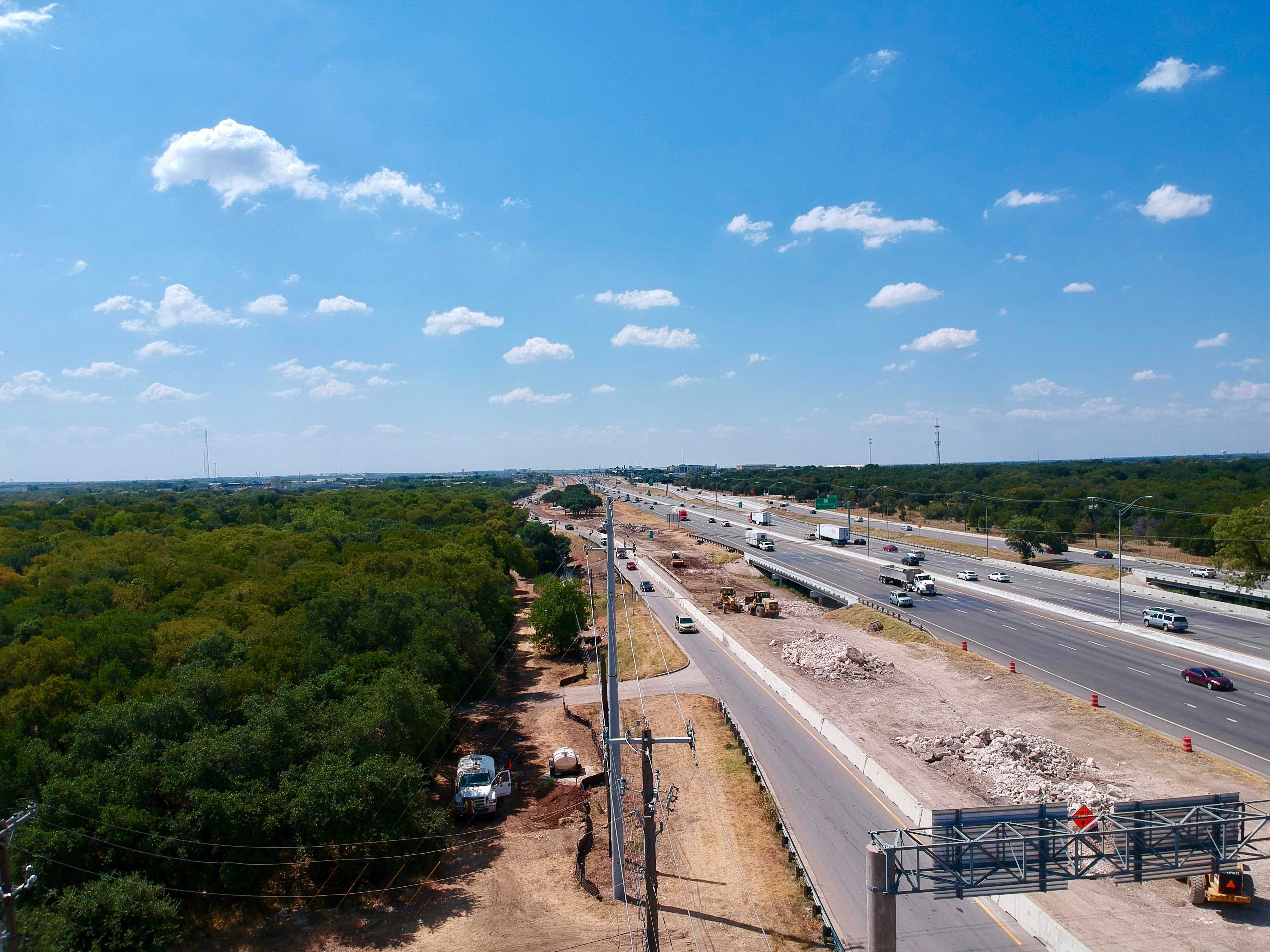 Northbound I-35 from FM 3406 to RM 1431 frontage road progress - September 2019