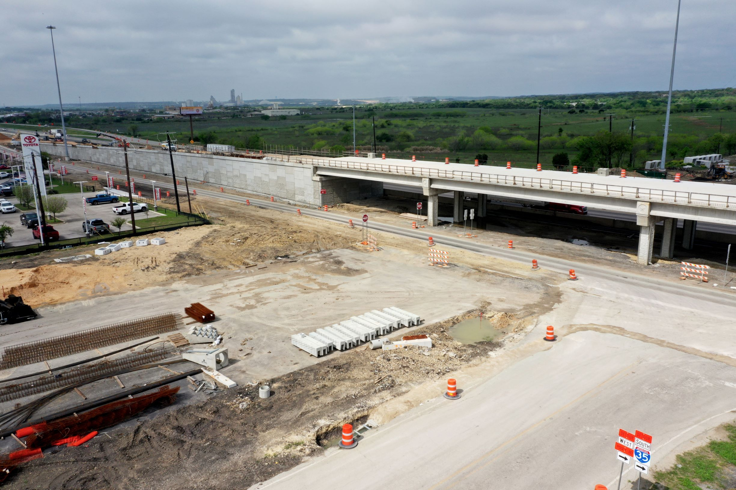 I-35 at Posey Road MSE wall work - March 2020