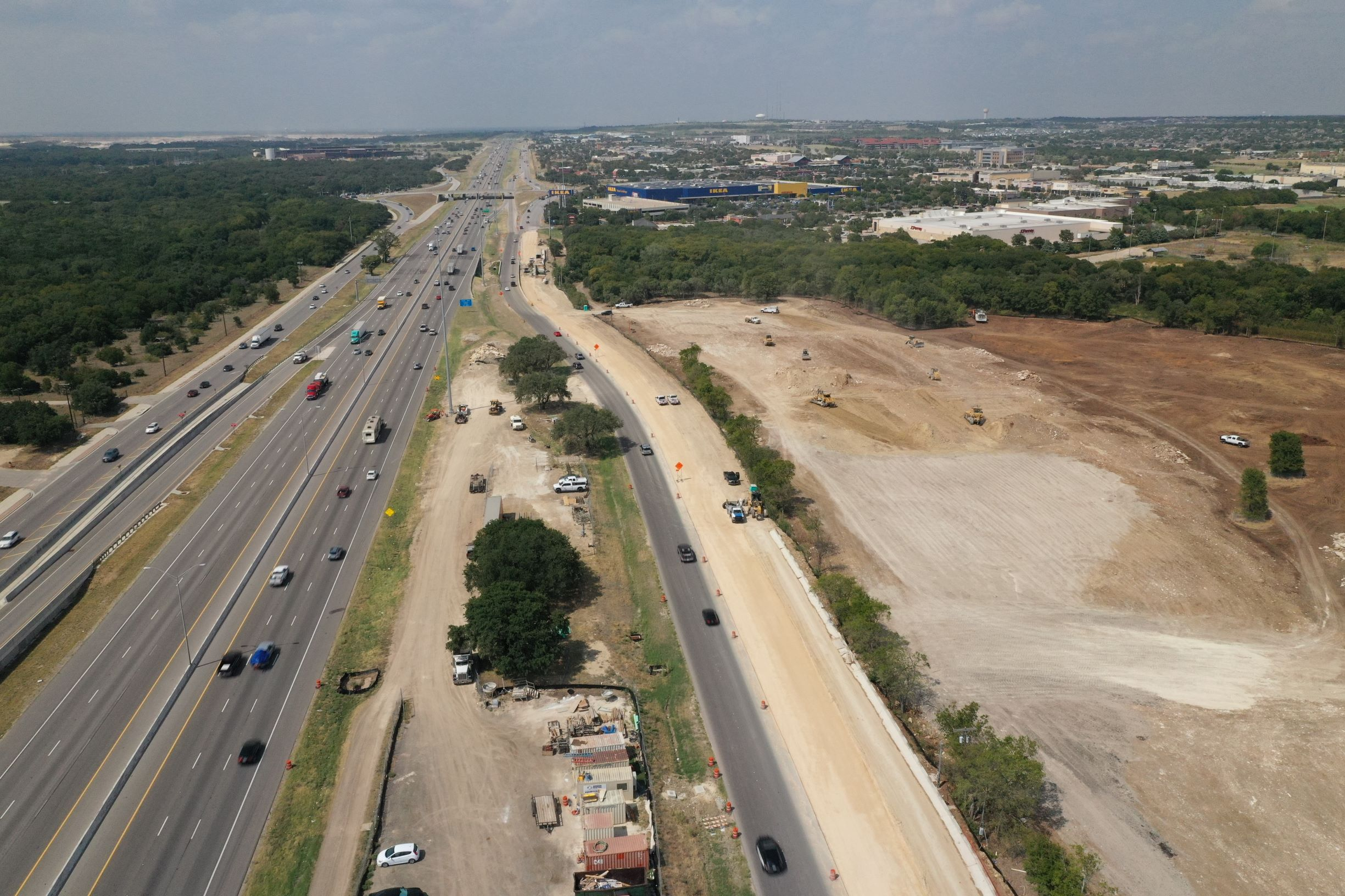 Northbound I-35 from FM 3406 to RM 1431 frontage road widening progress - September 2020