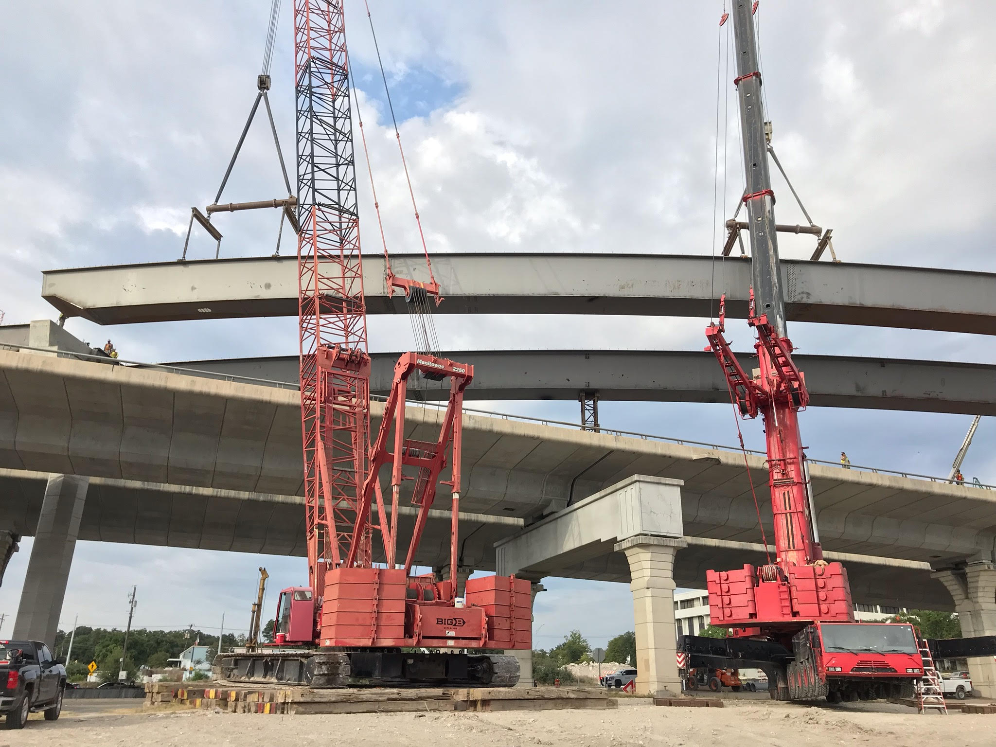 Beam sets for new US 183 flyover - August 2019