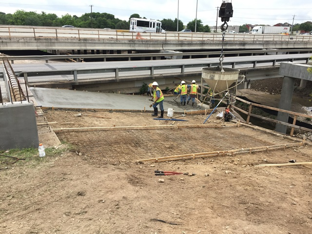 Riprap under the southbound frontage road bridge at Williamson Creek - April 24, 2017