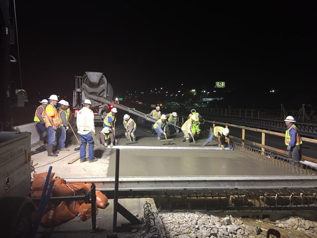 Southbound bridge deck pour for lane widening - May 24, 2017