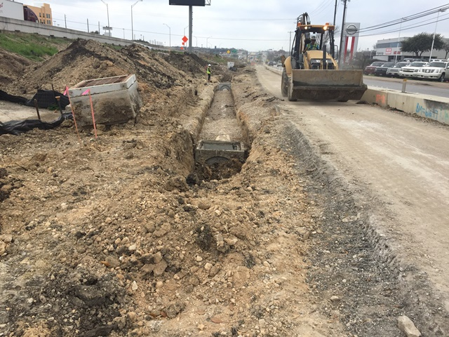 Storm drain installation adjacent to the southbound frontage road - March 3, 2017
